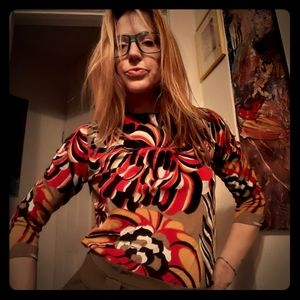 1970's blouse w/retro pattern